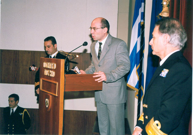 EKEO's Director Prof. Theodore Liolios addressing the Hellenic Navy General Staff