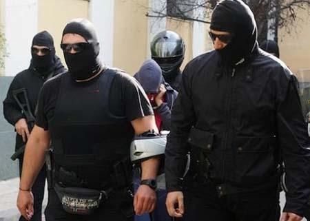 Λίστα Φοροφυγάδων Τρομοκρατία Υπηρεσίες Ασφαλείας