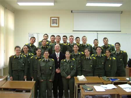 Στρατιωτική Σχολή Ευελπίδων Κορίτσια 450px