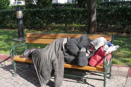 Άστεγοι Άνεργοι Ανεργία στην Ελλάδα
