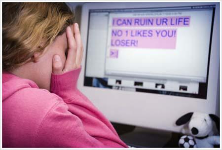 Παιδεραστία Εκφοβισμός Μαθητές Διαδίκτυο